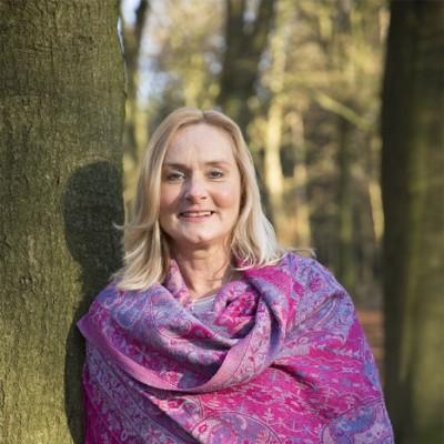 Christa Nagtegaal, Holistisch Healer