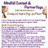 PartnerYoga & mindfullcontact