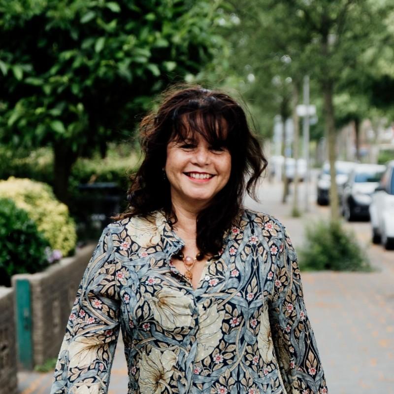 Stephanie Schwab