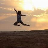 Dans je vrij, op blote voeten, met DJ IRADI!
