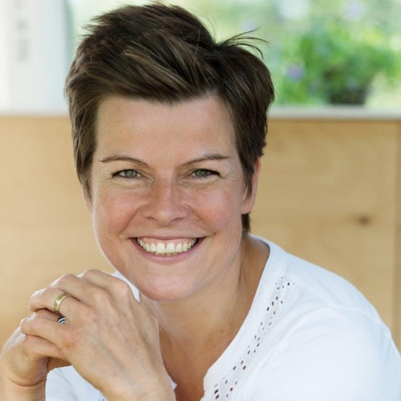 Jacqueline Holman