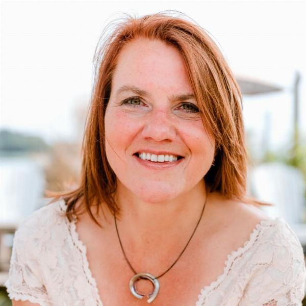 Annette Damman-Hillegom