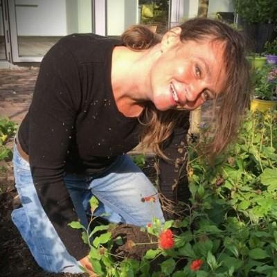 Mira Roosenburg - Bij ons Delft