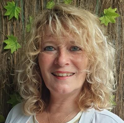 Diana Stoet