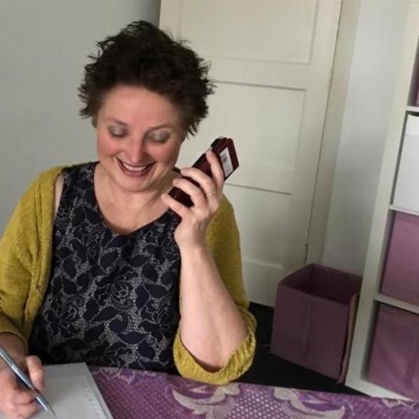Marga van Holsteijn-Telefonisch