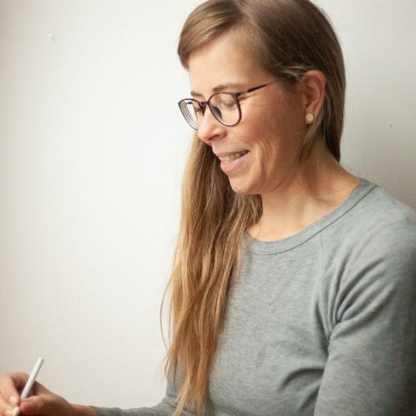 Iris Luhrman