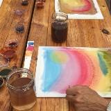 Plantenverf maken en er mee schilderen