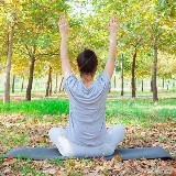 Restful Yoga in stressful times (in de natuur) door
