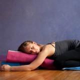 Uitrusten en opladen met Restorative Yoga & Yoga Nidra