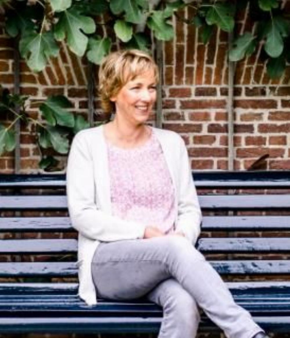 Van den Hoff Counseling, praktijk voor psychosociale therapie, ACT en training (haarlem/heemstede)