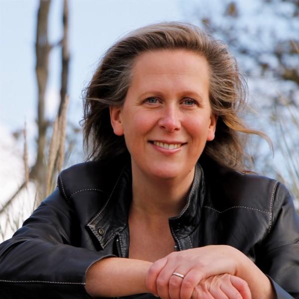 Yvonne van der Ziel-Overveen