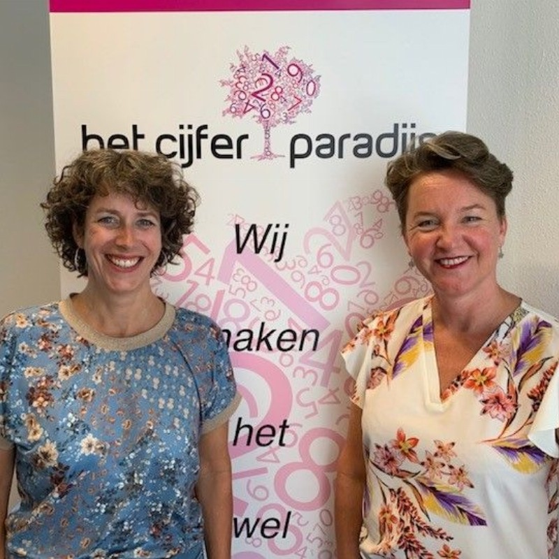 Mariëtte Muller en Tanja Huisman-Velserbroek