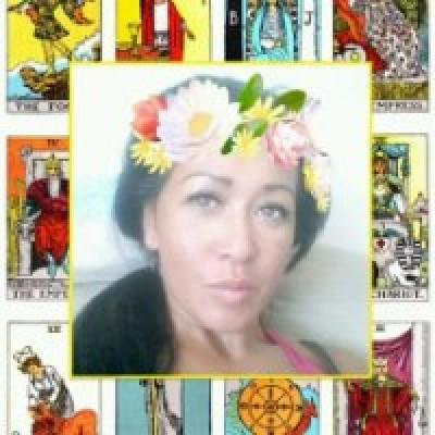 Paragnoste Medium Tarotiste Esther Jacobs
