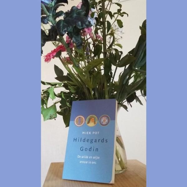 ZINGEN met Hildegard von Bingen | Deventer